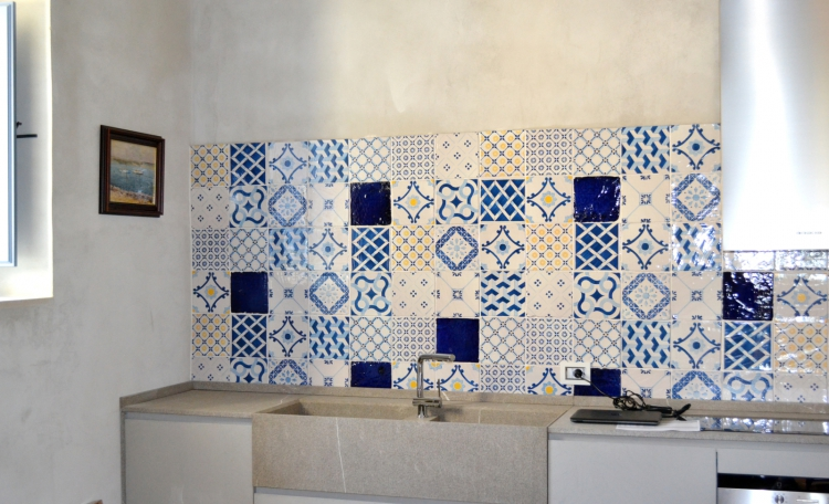 Pavimento casa al mare piastrelle bagno blu mare guarda le